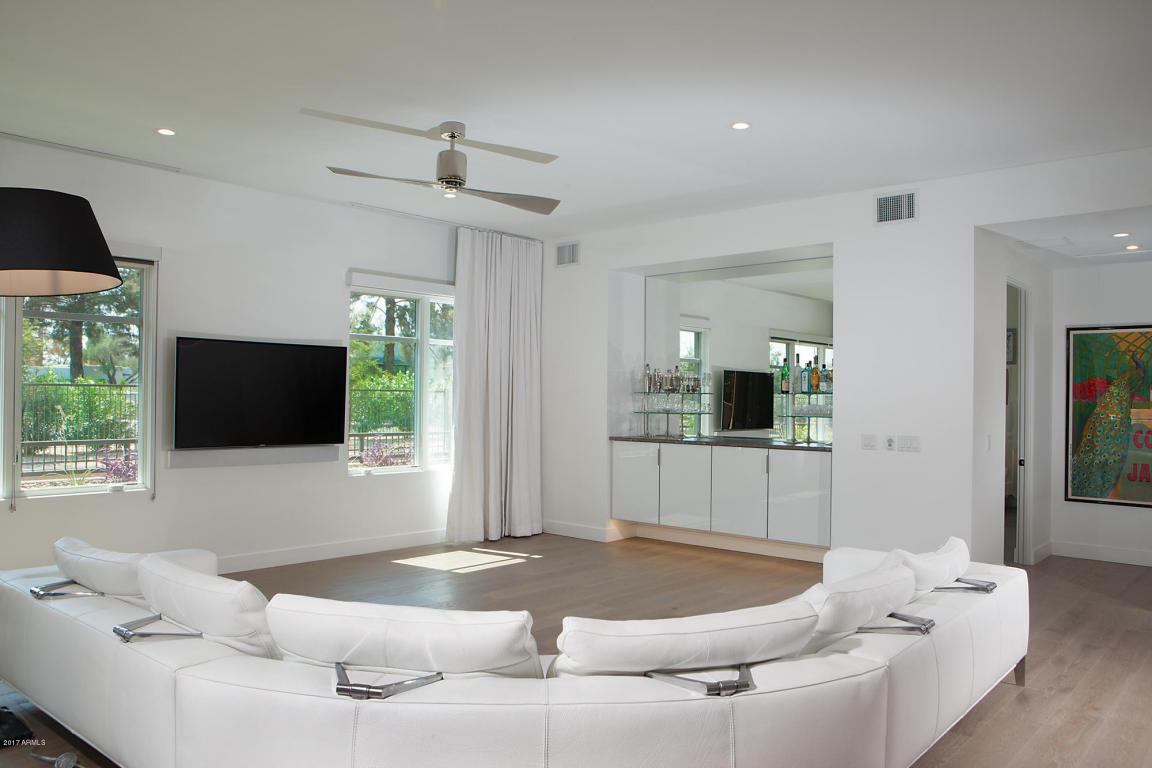 Enclave B1002 Living Room 2
